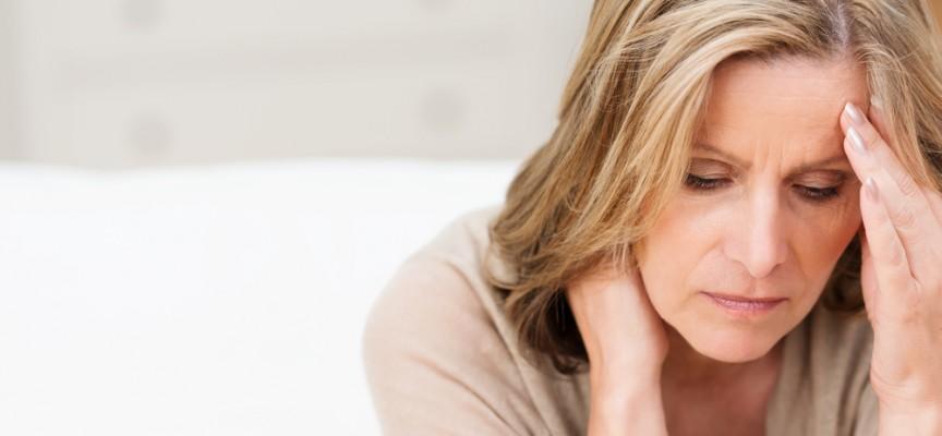 Imagem do post Efeitos da menopausa: por que a osteoporose é mais comum em mulheres?