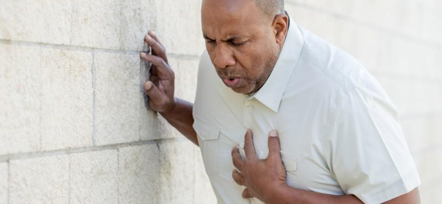 Imagem do post Dor no coração, formigamento no braço: entenda quais são os sintomas de infarto