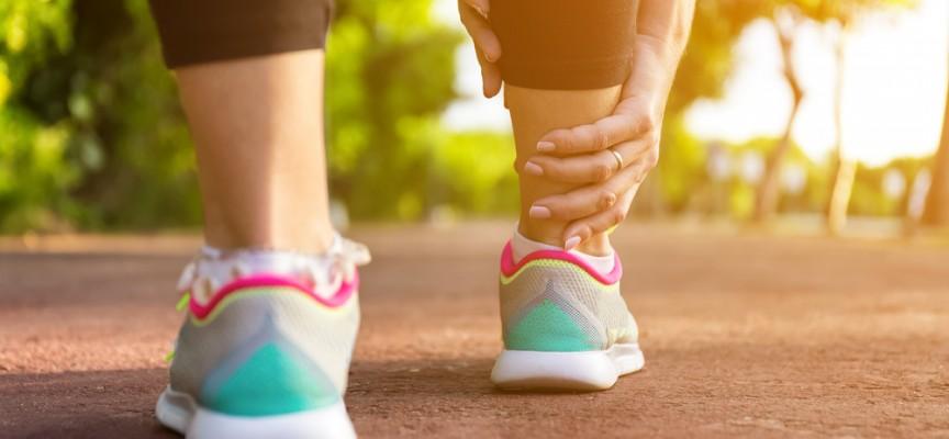 Imagem do post Inchaço nas pernas X verão: descubra os efeitos do calor na circulação sanguínea
