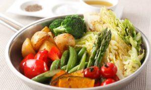Baixa imunidade e herpes requerem cuidados na alimentação?