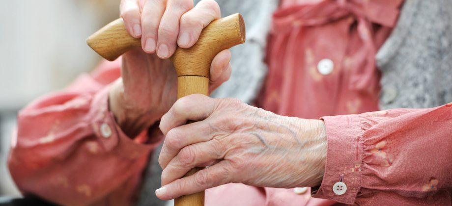 Imagem do post Alívio para as juntas: Entenda como a bengala pode ser uma aliada no tratamento da osteoartrite