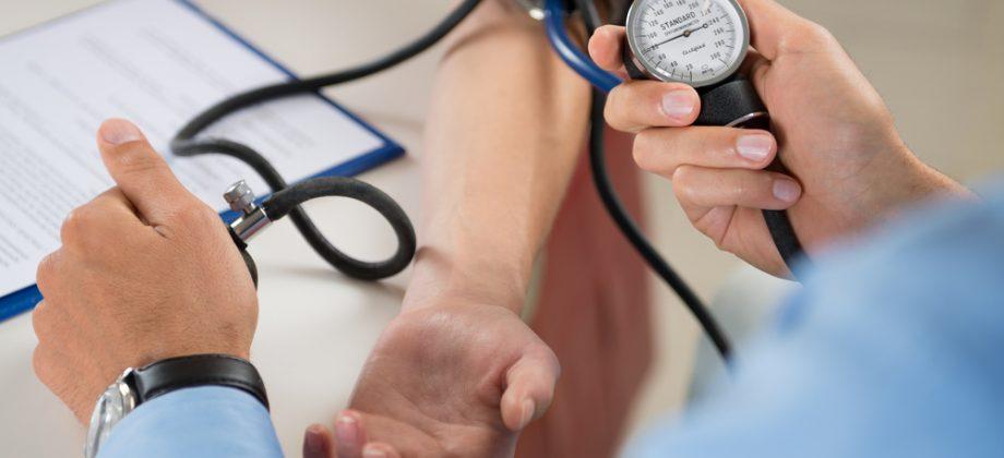Imagem do post Quais fatores influenciam na pressão arterial considerada normal?