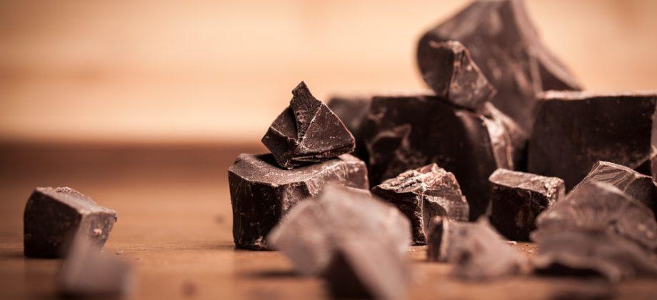 Imagem do post É verdade que o chocolate pode piorar a herpes? Uma nutricionista tira todas as suas dúvidas