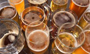 Entenda como o consumo de bebidas alcoólicas em excesso pode agravar a hipertensão arterial