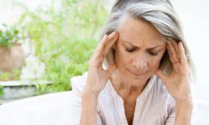 Sinais audiovisuais e dor de cabeça: conheça alguns sintomas da osteoartrite cervical