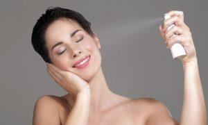 Quais os efeitos positivos da água dermatológica na pele irritada?