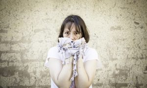 Quais os sintomas de uma crise de síndrome do pânico?