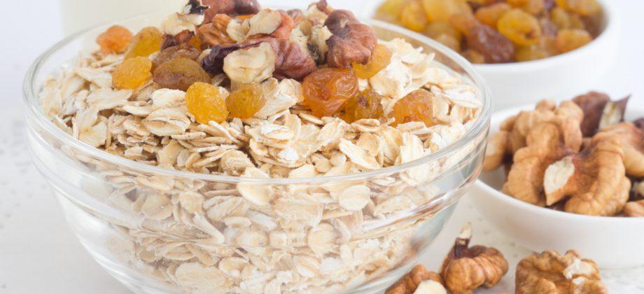 Imagem do post Entenda como uma dieta rica em fibras pode ajudar no controle das hemorroidas