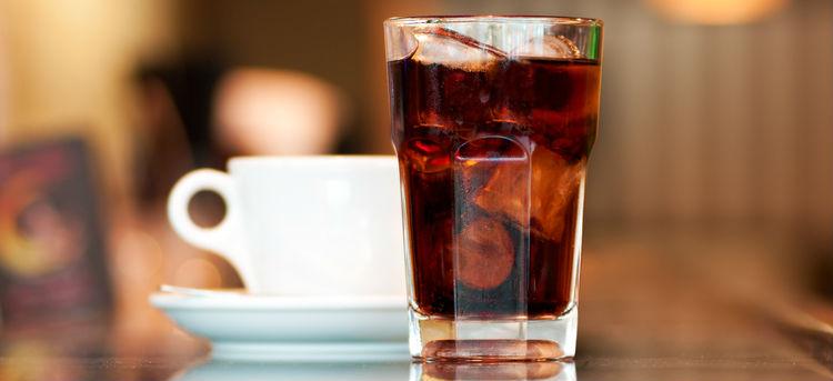 Imagem do post Além do álcool, existem outros alimentos e bebidas que podem prejudicar a absorção de cálcio?