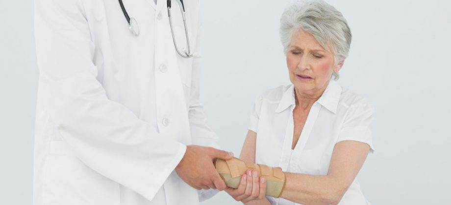 Imagem do post Como é o processo de recuperação de uma fratura em uma pessoa com osteoporose?