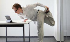 Saúde no trabalho: confira dicas para se prevenir das varizes no dia a dia