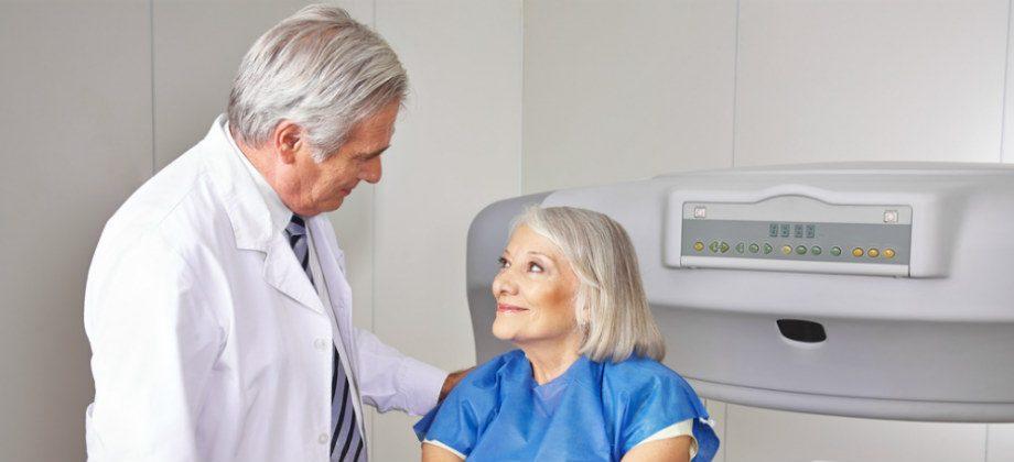 Imagem do post A osteoporose afeta a cicatrização dos ossos ou apenas a resistência deles?