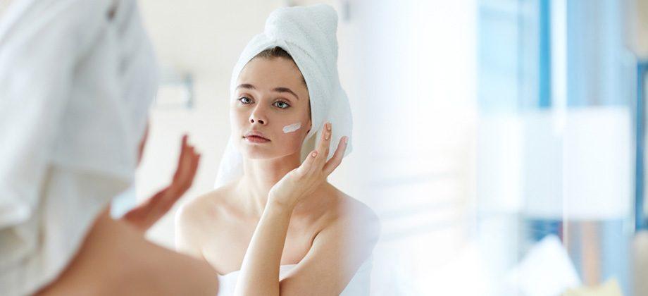 Imagem do post Hidratação ajuda na busca por uma pele saudável e com aspecto jovial