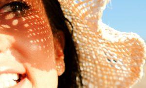 Quais são os fatores que podem influenciar na sensibilidade da pele?