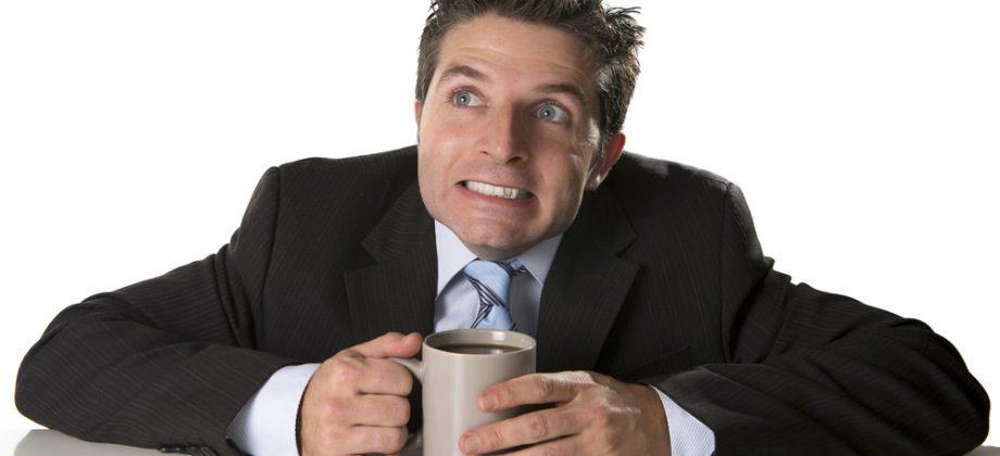 Imagem do post Café x leite: saiba por que a bebida xodó dos brasileiros é inimiga do cálcio