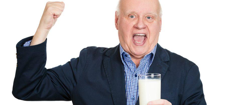 Imagem do post Saiba por que é importante consumir cálcio para envelhecer com ossos saudáveis