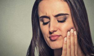 Problemas na boca: você sabia que o diabetes pode causar danos à saúde bucal?