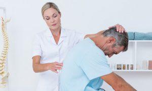 Bico de papagaio: médico explica condição comum em pacientes com artrose