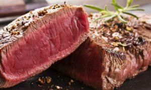 O consumo excessivo de carne vermelha pode contribuir para hipertensão?