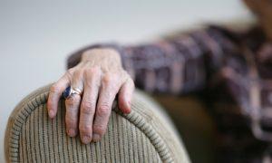 O repouso ajuda a reduzir crises agudas de dor nas articulações?