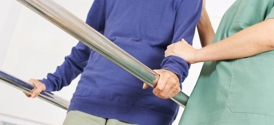Imagem do post De que forma a fisioterapia pode auxiliar no combate à osteoporose?