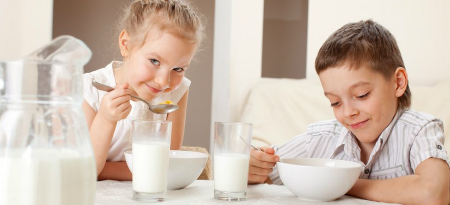 Imagem do post Existe alguma hora do dia ideal para consumir cálcio?