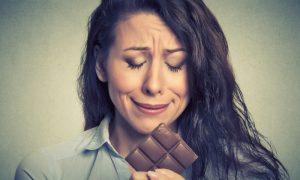 Dieta controlada: Veja dicas para diabéticos segurarem a vontade de comer doces