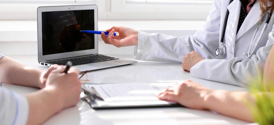 Imagem do post Entenda a importância do médico sempre renovar conhecimento em novas técnicas