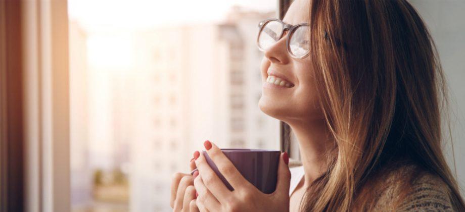 Imagem do post O consumo de cafeína pela manhã e pela tarde pode prejudicar o sono à noite?