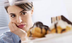 Por que o diabetes fora de controle pode causar muita sede ou fome?