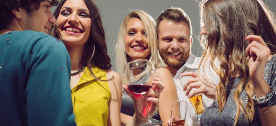 Imagem do post Cerveja, caipirinha ou vinho? Qual é a bebida que tem mais calorias?