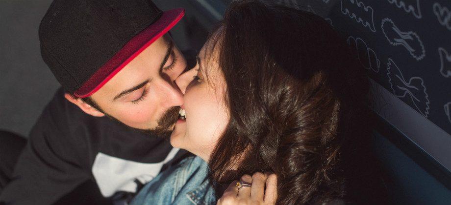 Imagem do post O beijo em alguém com herpes garante a contaminação com a doença?