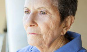 Paciente consegue controlar sintomas e estabilizar o avanço do mal de Alzheimer
