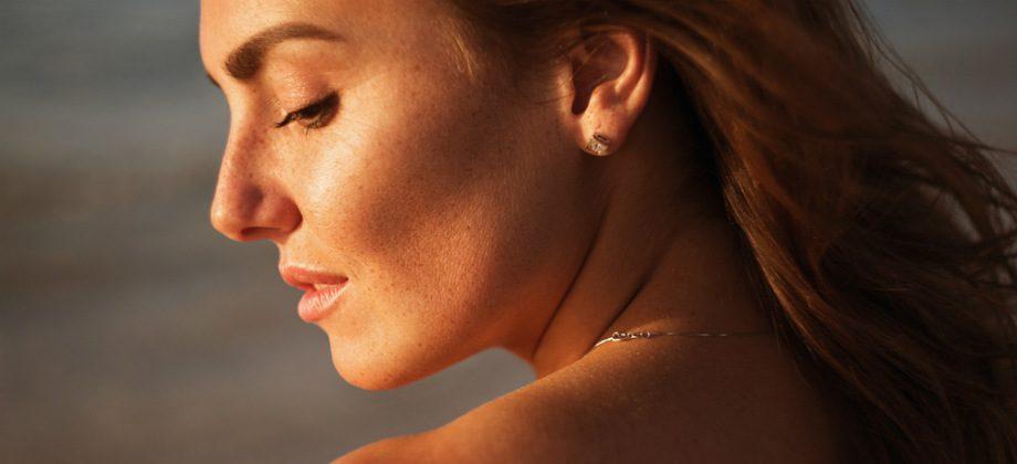 Imagem do post Quais são os perigos específicos do verão para a saúde da pele?