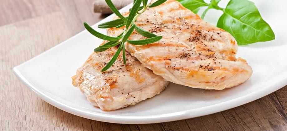 Imagem do post Dieta low carb: Nutricionista explica como funciona famosa restrição alimentar