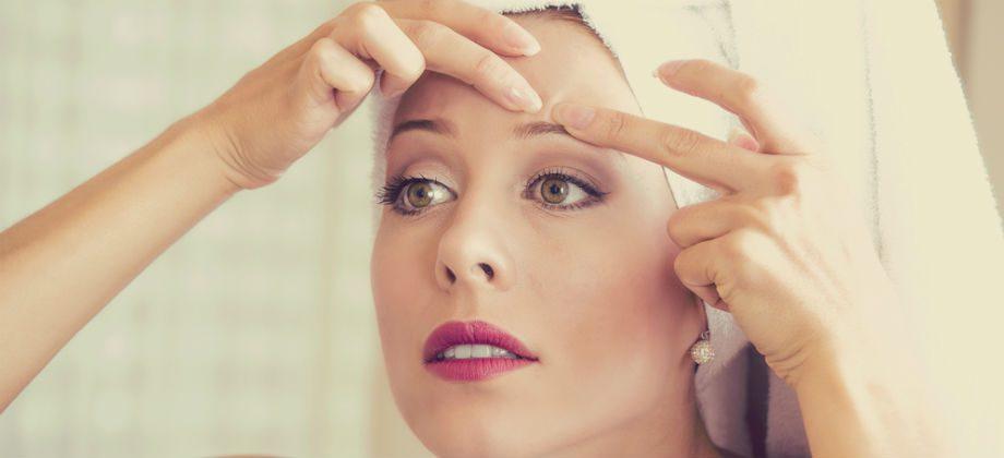 Imagem do post Acne: Quais são os riscos de espremer uma espinha?