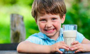 Qual é a importância da vitamina D na infância?