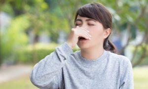Aspirar o excesso de muco no nariz pode provocar pneumonia?