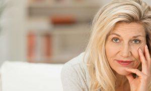 Osteoporose: Ter a pele muito branca é um fator de risco para doença?
