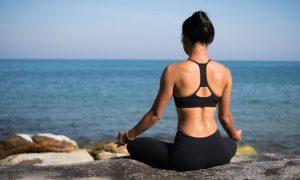 Yoga é uma atividade que pode ajudar no tratamento da ansiedade leve?