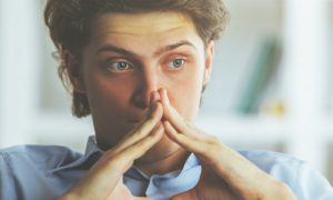A ansiedade tem cura? Psiquiatra tira dúvida sobre transtorno!