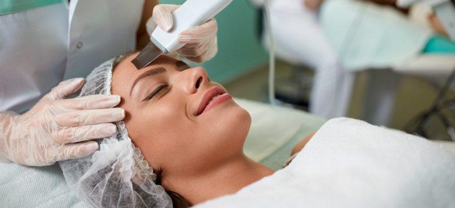 Imagem do post Peeling: Como funciona este procedimento estético?