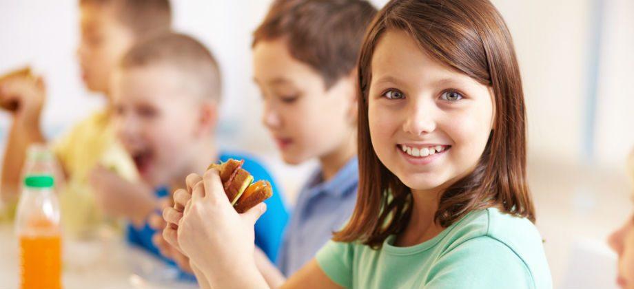 Imagem do post Merenda escolar: Quais são as opções mais saudáveis para os filhos?