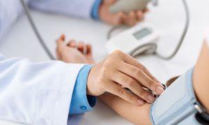 Fonoaudióloga controla a hipertensão há 20 anos com medicamentos