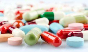 Qual é a melhor maneira de armazenar os remédios em casa?