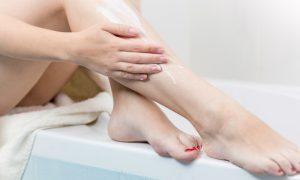 Cremes para pernas são eficazes no tratamento contra varizes?