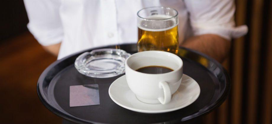 Imagem do post Por que algumas bebidas parecem aumentar a vontade de urinar?