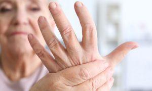 Qual é a relação dos nódulos de Heberden e Bouchard com a artrose?