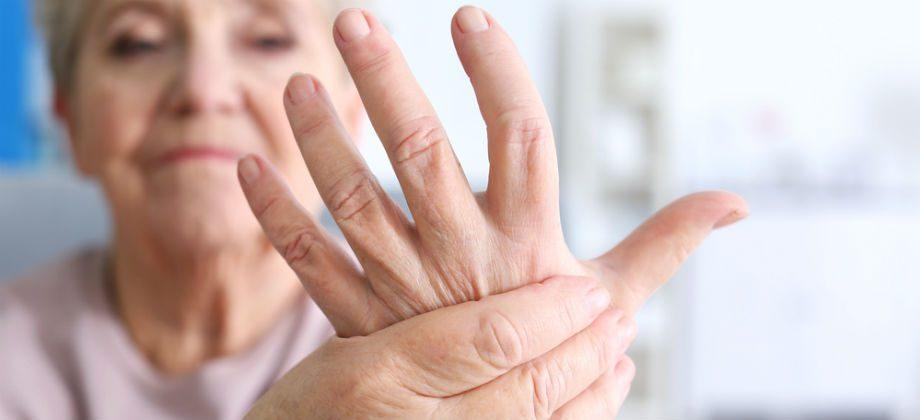 Imagem do post Qual é a relação dos nódulos de Heberden e Bouchard com a artrose?