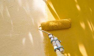 Cheiro de tinta faz mal? Quem tem alergia deve evitar ambientes com obras?